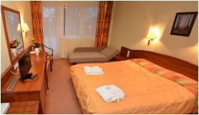 Hungarospa Thermal Hotel, Hajduszoboszlo, Double room with extra bed