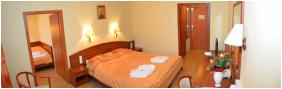- Hungarospa Thermal Hotel