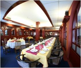 Hunguest Hotel Nagyerdo, Dining room - Debrecen