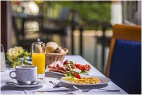 Hunguest Hotel Palota, Lillafured, Breakfast