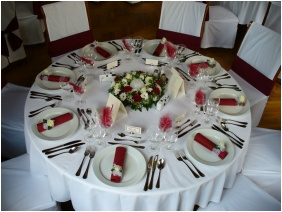 Weddingmeal setting - Hunguest Hotel Palota