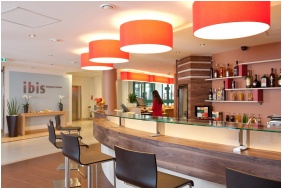 Ibis Budapest Centrum Hotel, Bar desk