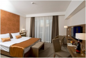 İmola Hotel Platan - Eğer
