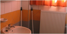 Invest Apartments, Bathroom - Eger