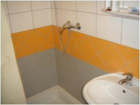 Bathroom, Invest Apartments, Eger