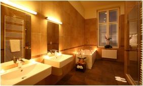 poly Resdence - Balatonfured, Two bedroom Sute - bathroom