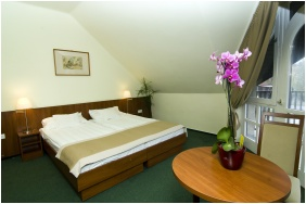 Hotel Zsanett, Double room with extra bed - Balatonkeresztur