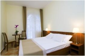 Twin room, Hotel Zsanett, Balatonkeresztur