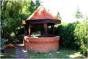 Jarja Pension, Hajduszoboszlo, Garden