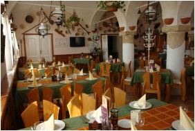 Jozsi Bacsi Hotel & Restaurant, Szombathely, Restaurant