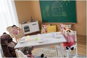 Playing room for children, Jufa Vulkan Furdo Resort, Celldomolk