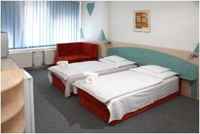 Kálvária Rácz Hotel, Kétágyas szoba pótággyal - Pécs