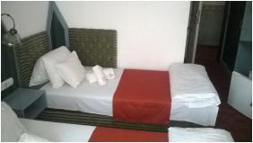 Twin room, Hotel Kalvaria-Racz, Pecs