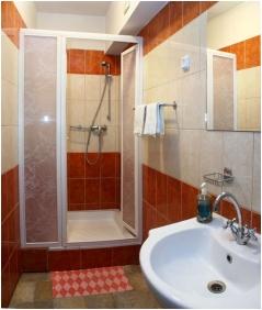 Hotel Kalvaria Racz, Pecs, Bathroom