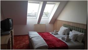 Hotel Kalvaria-Racz, Pecs, Classic room