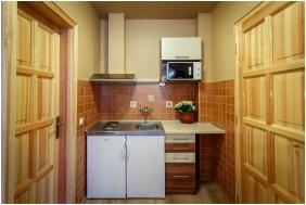 Hotel Karin, Kitchen - Budapest