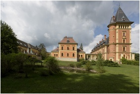 Kastélyhotel Sasvár, Parádsasvár, Külső kép
