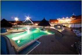 Kehida Thermal Hotel, Kehidakustany, Building