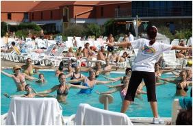 Outside pool - Kehida Thermal Hotel