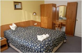 Classc room, Kkelet Club Hotel, Mskolctapolca