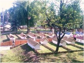 Kincsem Wellness Hotel, In the summer