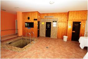 Kincsem Wellness Hotel, Kisbér,