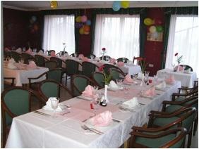Kincsem Wellness Hotel, Festive place setting - Kisber