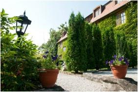 Kis Helikon Residence Hotel Heviz, Garden - Heviz