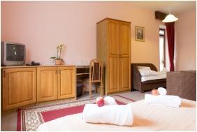 Kis Helikon Residence Hotel Heviz, Triple room