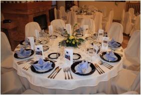 Weddingmeal setting - Kis Helikon Residence Hotel Heviz