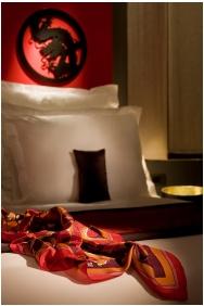 Room interior - Buddha Bar Hotel Budapest Klotild Palace