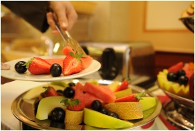 Mic dejun la bufet - Wellness Hotel Kodmon