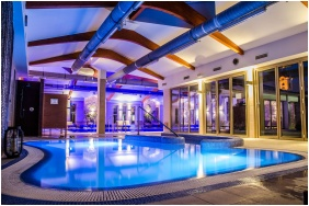 Kolping Hotel Spa & Family Resort, Élménymedence - Alsópáhok