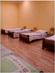 Koppányvölgy Gyermek-és Ifjúsági Tábor, Hálószoba