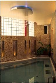Hotel Krstaly mperal, Tata, Whrl pool