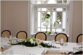 Hotel Krstaly mperal, Festve place settn - Tata