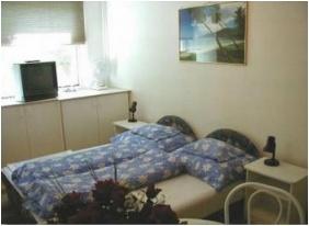 Lesle Apartments - Budapest, Room