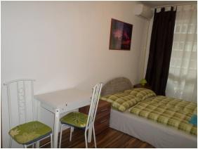 Leslıe Apartments, Double room