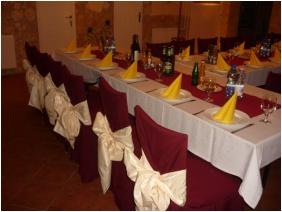 Major Pension & Restaurant, Festive place setting - Hajduszoboszlo
