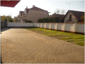 Parking place, Major Pension & Restaurant, Hajduszoboszlo
