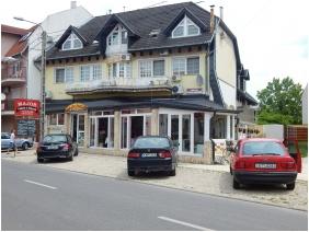 Major Pension & Restaurant, Entrance - Hajduszoboszlo