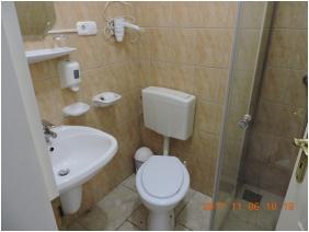 Márvány Hotel, Hajdúszoboszló, Fürdőszoba