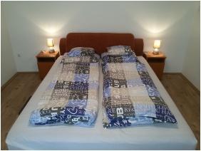 Mary Apartman, Hajdúszoboszló, Franciaágyas szoba