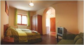Napvirag Guesthouse - Zsira