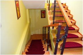 Neon 2 Panzió, Lépcső - Orosháza