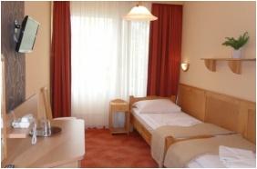 Twin room, Nereus Park Hotel, Balatonalmadi