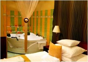 Nyerges Hotel Thermal, Honeymoon suite