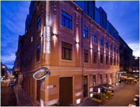 Épület este, Opera Garden Hotel & Apartments, Budapest