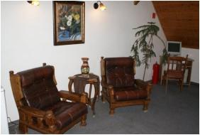 Oreg Halasz Hotel & Restaurant, Corridor - Tat