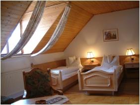 Standard szoba, Fogadó az Öreg Préshez, Mór